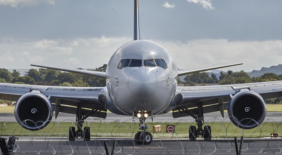 Inglese per il Turismo: L'industria aeronautica